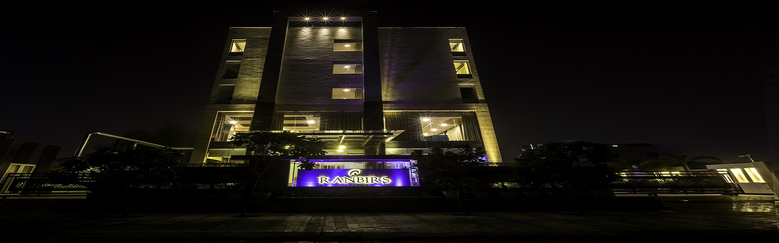 Hotel Ranbirs Slider Image